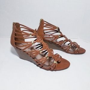 Madden Girl Strappy wedge sandals | Brown | 9